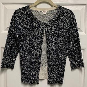 Black and White Lace Pattern 3/4 Sleeve Cardigan